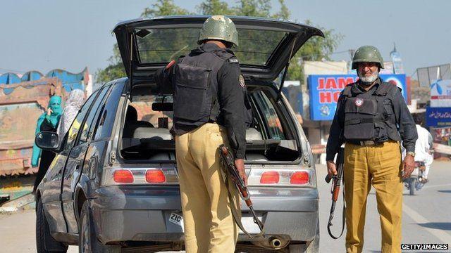 Pakistani police in Peshawar