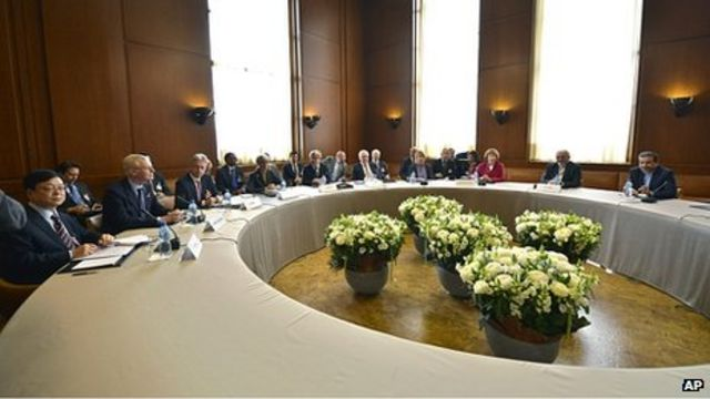 Iran nuclear talks: We must 'seize moment', says Hague