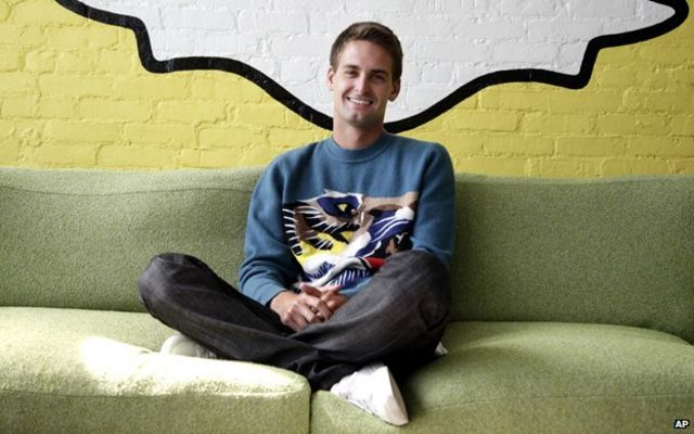 Snapchat valued at $10bn by Californian investment firm