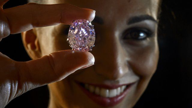 A model displays the 'Pink Star'
