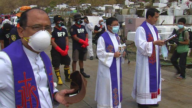 Sunday services held in Tacloban