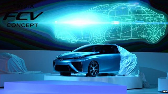Toyota eyes mass production of fuel cell car by 2015