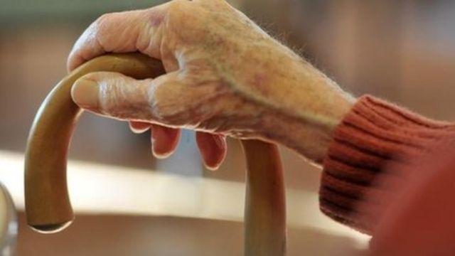 Elderly emergency admissions rising