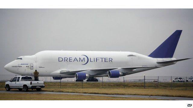 Dreamlifter plane