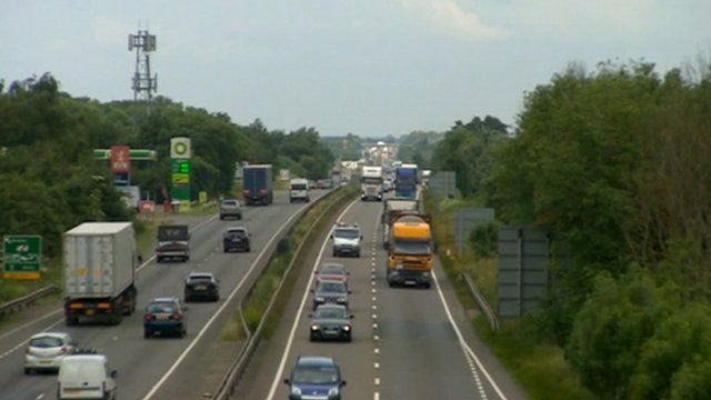 Traffic on the A50 near Uttoxeter