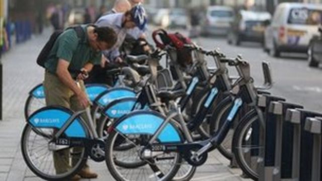 London cycle hire journeys fall by 200,000