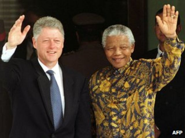 Indonesia: Mandela the batik fashion icon