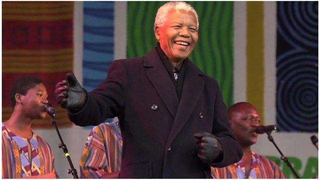 Nelson Mandela on stage with Ladysmith Black Mambazo