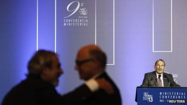 WTO agrees global trade deal worth $1tn