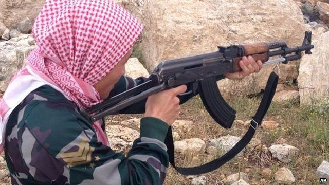 Syria conflict: Foreign jihadists 'use Turkey safe houses'