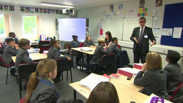 Michael Gove talking to schoolchildren