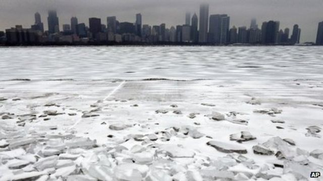 Mass power cuts continue in US and Canada after storm