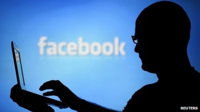 Facebook sued over alleged private message 'scanning'