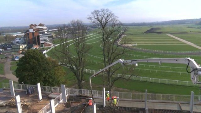 Newbury Racecourse homes development