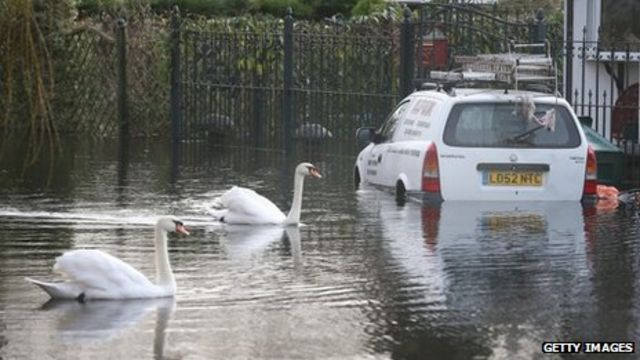 Last weather warnings expire - but flood risk remains