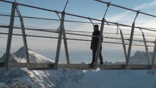 Mount Titlis Bridge