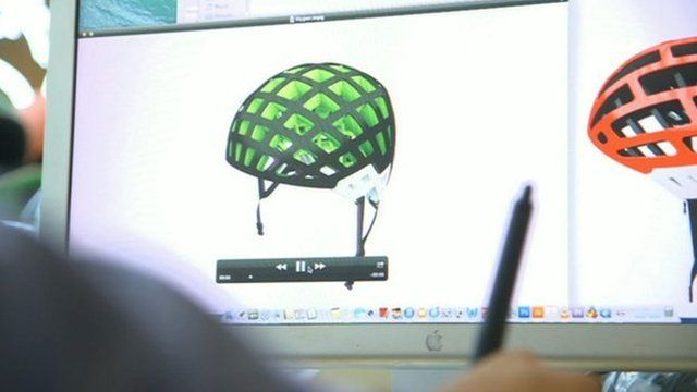 Paper cycle helmet design on computer