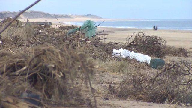 Debris on Scratby beach