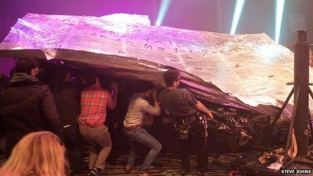 Roundhouse set collapse incident