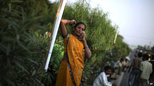Five unusual ways in which Indians use mobile phones