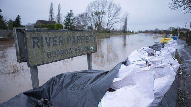 Sandbags protecting the village of Burrowbridge