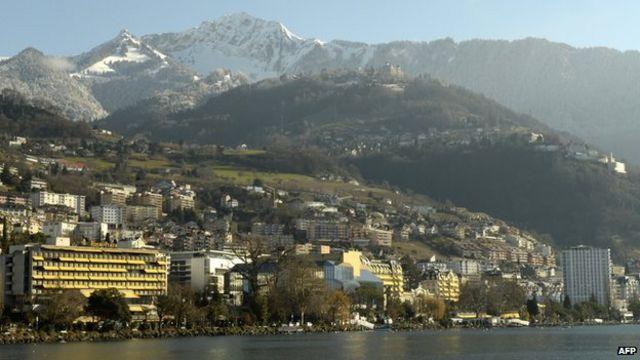 Swiss nervous after vote to limit EU migrants