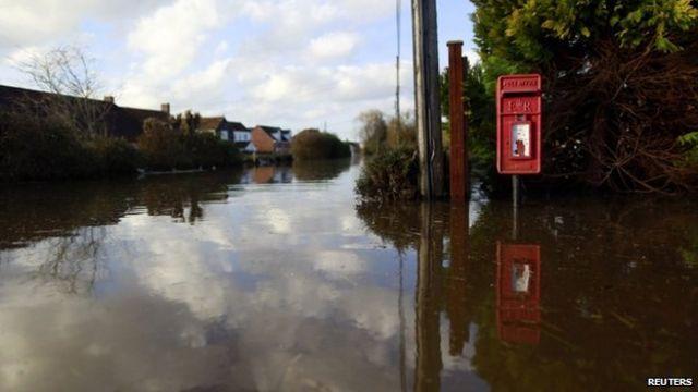 UK floods: Damage 'could have been prevented'