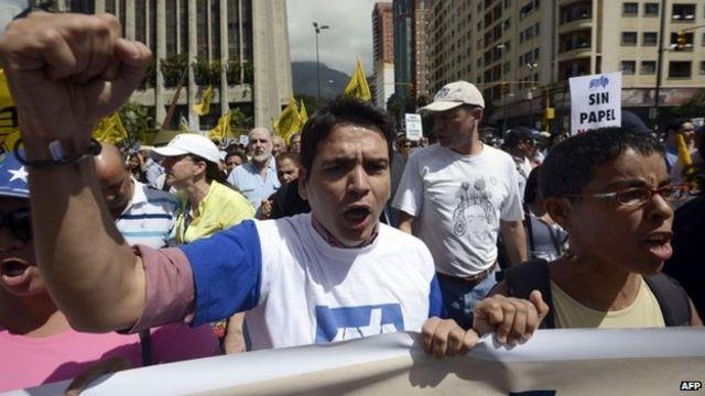 Venezuela leader Nicolas Maduro seeks talks with Obama