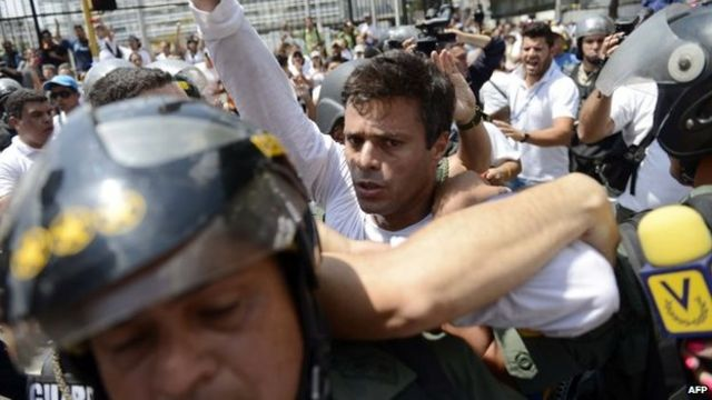 Venezuelans stop traffic in anti-government protests