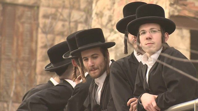 Israel: Ultra-Orthodox Jews protest over army recruitment ...