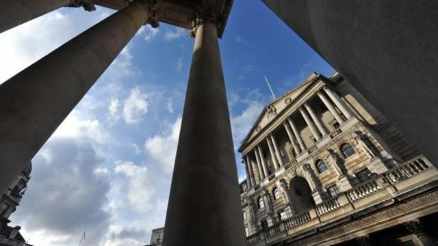 Bank of England keeps UK interest rates at 0.5%