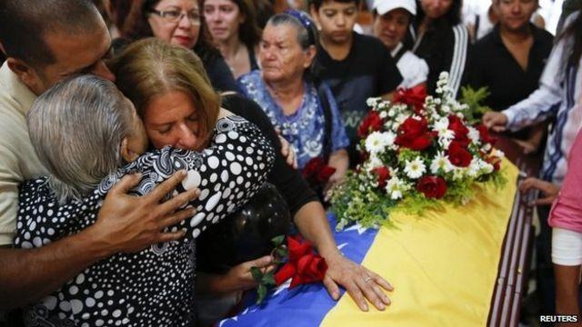 UN experts seek Venezuela probe into abuse allegations
