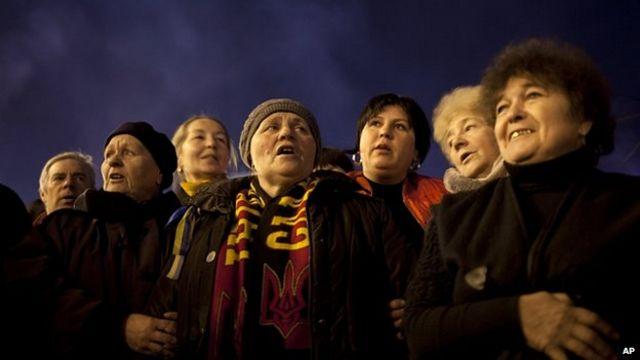 Ukraine crisis: US warns Russia not to annex Crimea