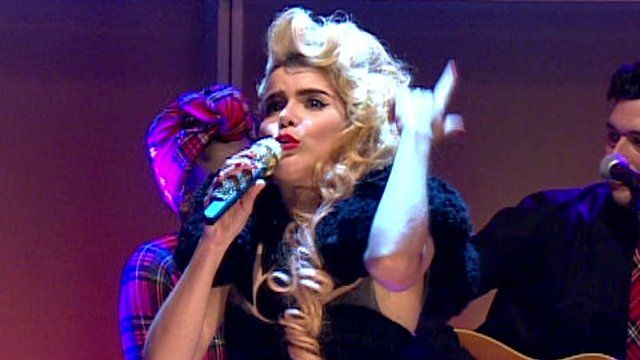 Paloma Faith sings Can't Rely On You