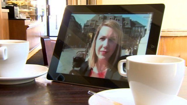 Reporter on tablet screen