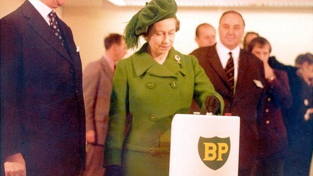 The Queen starts the flow of North Sea oil from the Forties field in 1975