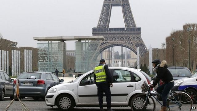 Paris car ban imposed after pollution hits high