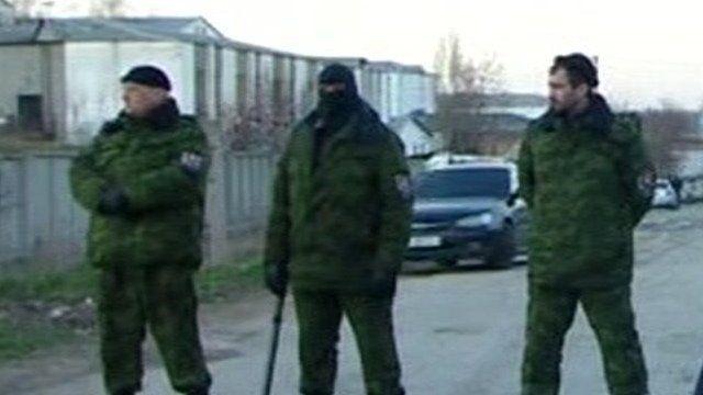 Soliders outside Simferopol base