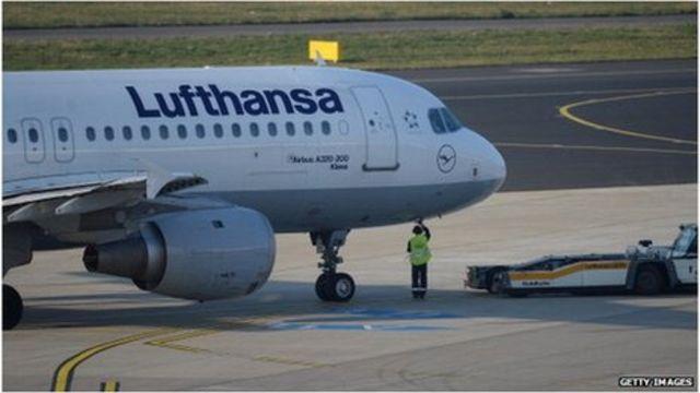 Lufthansa pilots' union calls strike