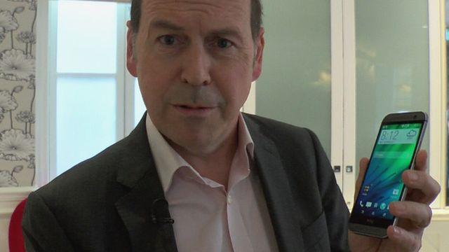 Rory Cellan-Jones and HTC One handset