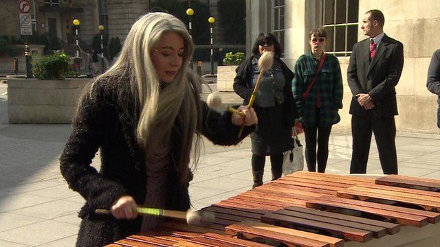 Dame Evelyn Glennie playing a marimba
