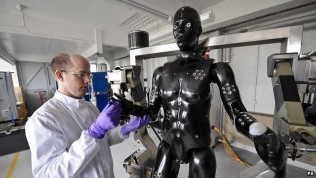 Robot mannequin to test armed forces' protective suits