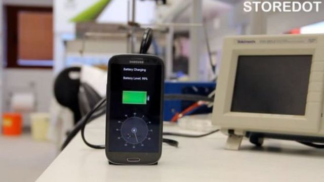 Battery offers 30-second phone charging