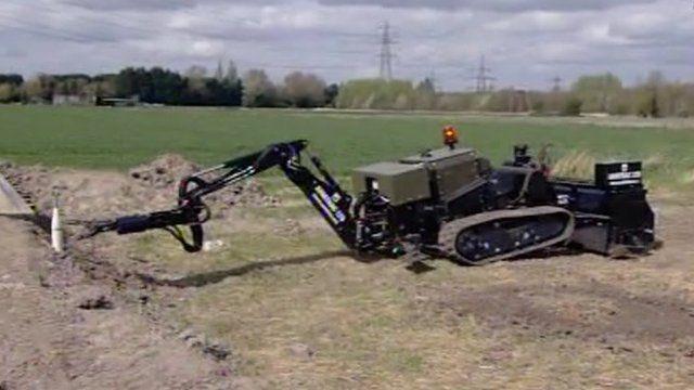 Mine sweeping robot