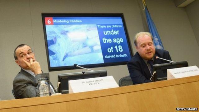Syria crisis: 'Torture' photos shown to UN Security Council