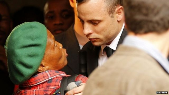 Pistorius trial: Forensic tests challenged