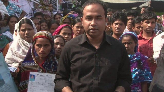 Akbar Hossein with families of victims killed in Bangladesh factory collapse