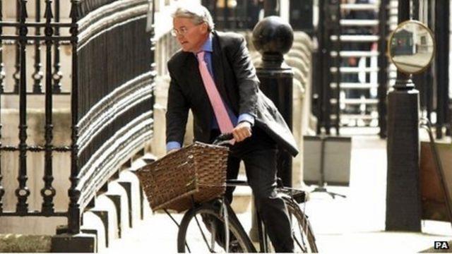 'Plebgate' PC seeks £200,000 libel damages from MP Mitchell