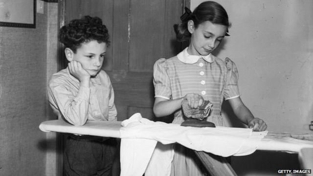 Spain: Children 'must do housework' under draft law