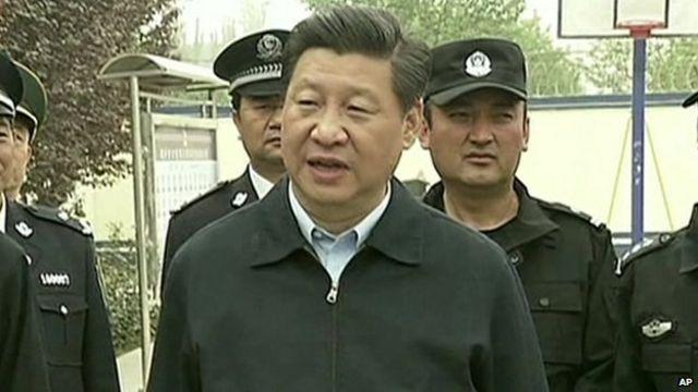 Deadly China blast at Xinjiang railway station